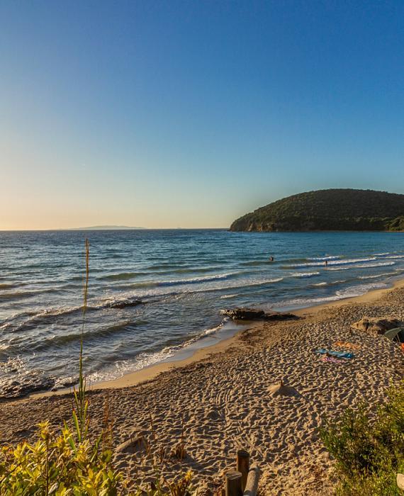 cala-violina-crystal-clear-sea-and-uncontaminated-nature