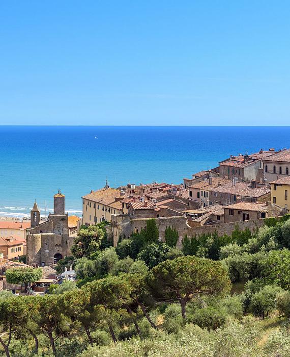 castiglione-della-pescaia-a-place-with-enchanting-beaches